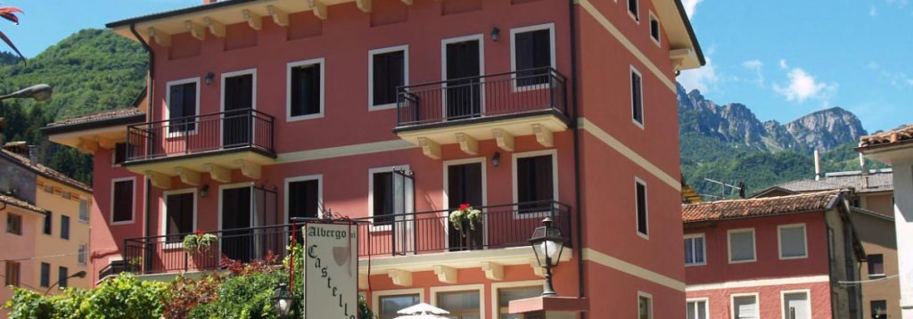facciata hotel Al Castello recoaro